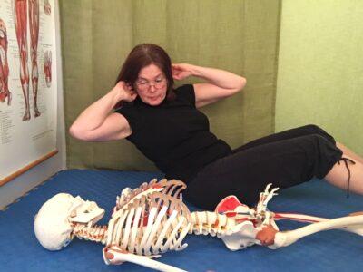 tränar med skelett